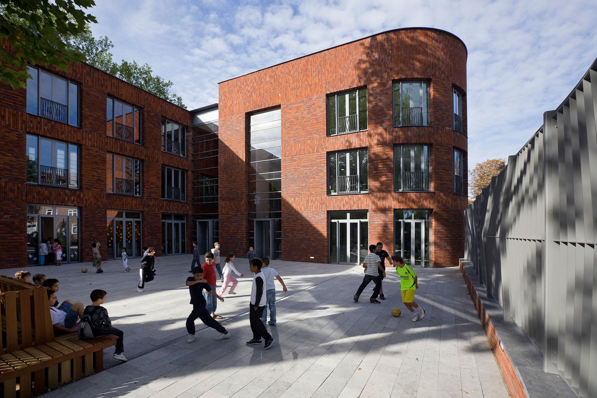 Brede school Nieuw Crooswijk